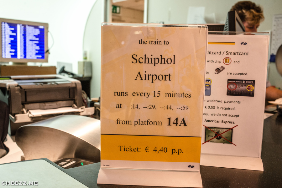 Schiphol airport in Amsterdam tickets from railway station