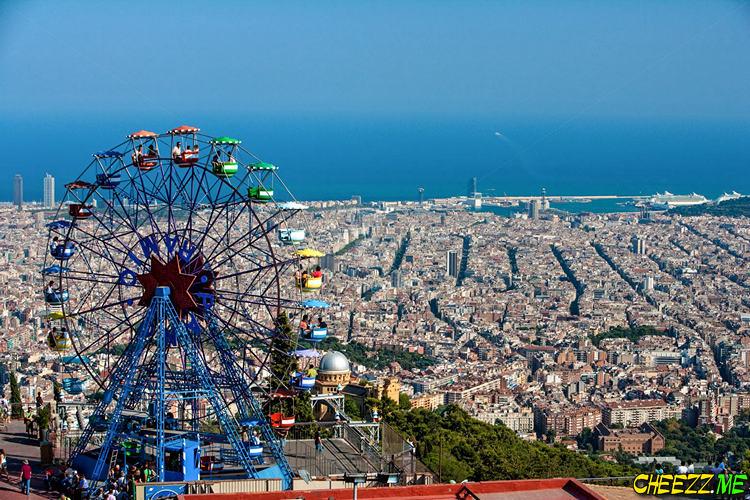 Гора Тибидабо в Барселоне фото