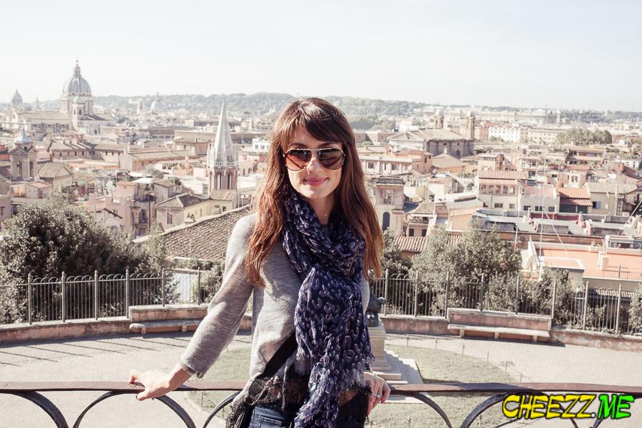 fotograf-i-gid-v-Rime-oktjabr-111