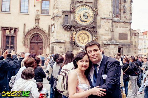 Свадьба в Чехии - фотосессия в Праге на Староместкой площади