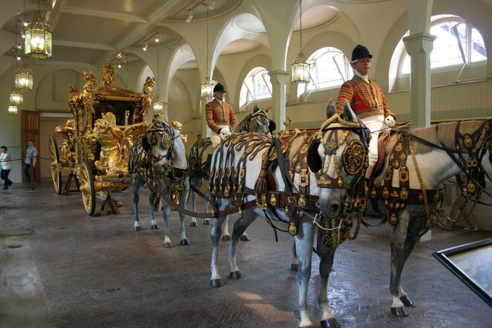 королевские конюшни в Лондоне экскурсии фото