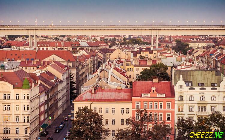Ночная Прага вид на мост самоубийц с Вышеграда