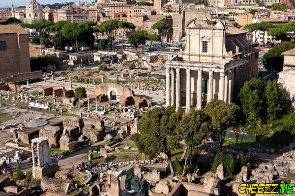 Римский форум - главная достопримечательность Рима