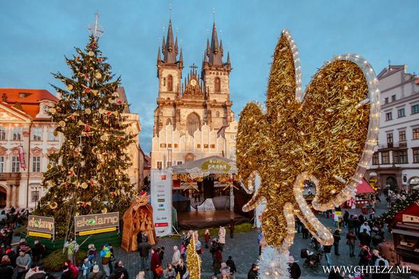 Рождественская ярмарка в Праге на Cтароместской площади
