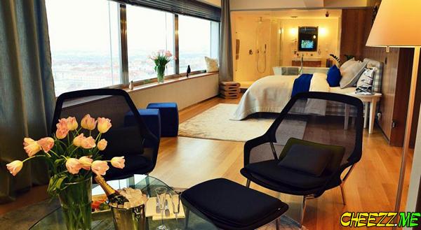 Эксклюзивный отель в Праге в Жижковской телебашне
