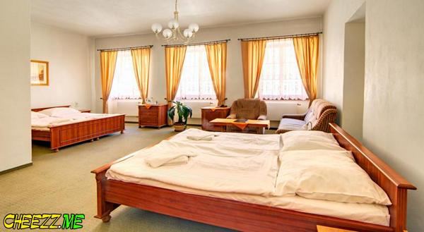 Little Quarter Hostel дешевый недорогой отель в Праге