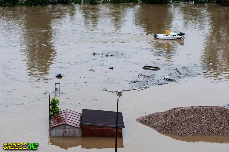 фотографии затопленной Праги 2013