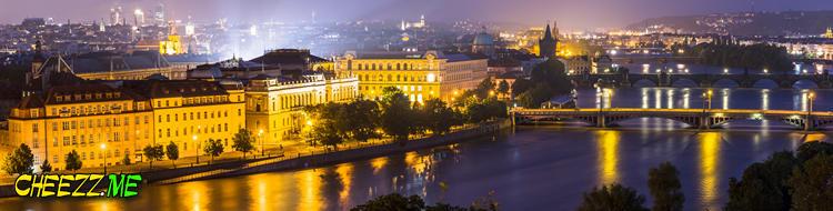 Наводнение в Праге ночной вид на пражские мосты 4 июня 2013 фотограф в Чехии