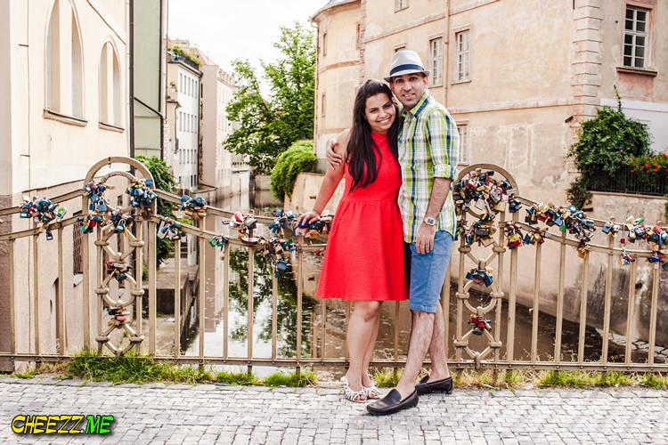 Район Кампа - тут все влюбленные вешают замочки в Праге