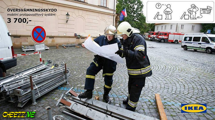 Наводнение в Праге июнь 2013 - чешский юмор идеи от Ikea