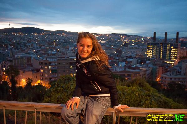 Барселона - вид на ночную панораму города