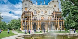 Замок Глубока над Влтавой - экскурсия из Праги