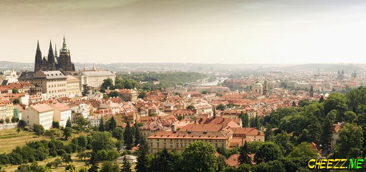 St Vitus Cathedral in Prague photo