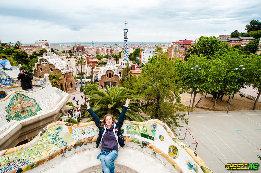 Barcelona day tour with guide photographer